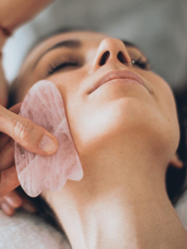 Kosmetische Behandlung bei WOW in Jena